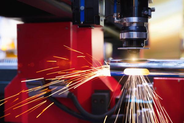 Instalaciones, Reparaciones, Montajes, Estructuras Metálicas, Cerrajería y Carpintería Metálica (Metal)